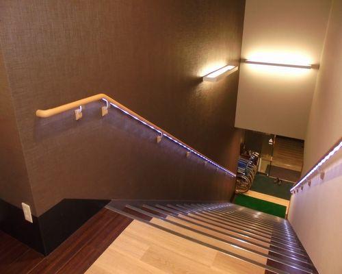 階段手摺アフター.jpg